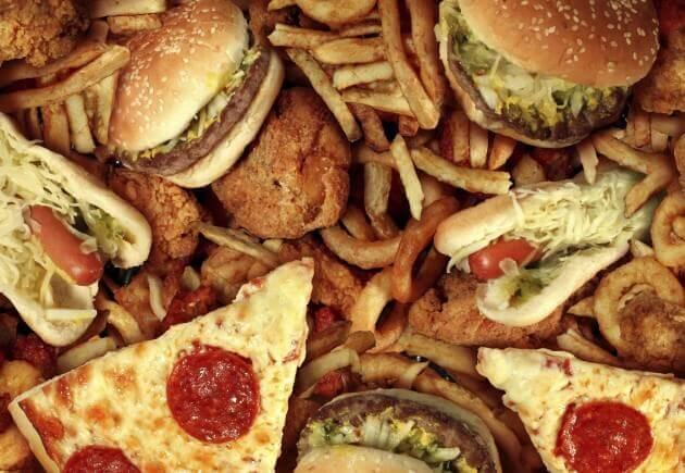 бургери, картопля фрі та піцца