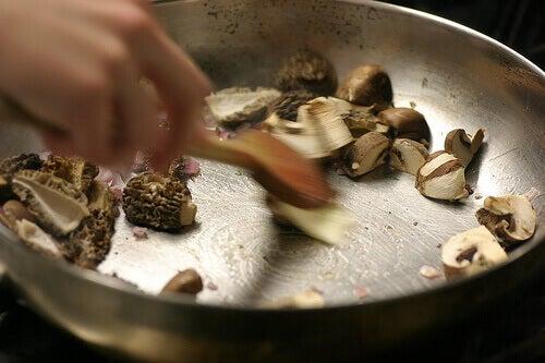 приготування їжі з грибами