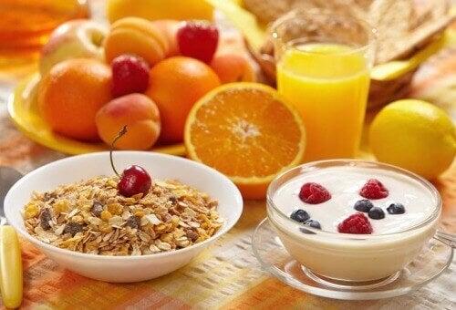 Як приготувати простий і корисний сніданок?