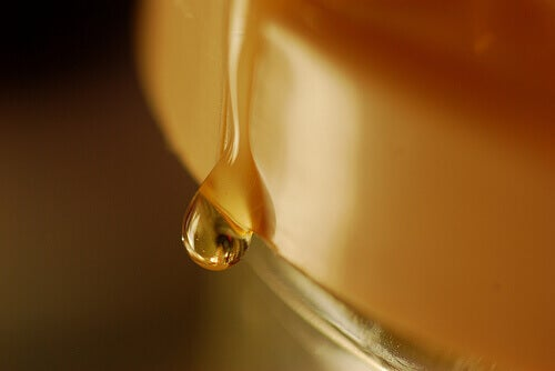 властивості суміші кориці та меду