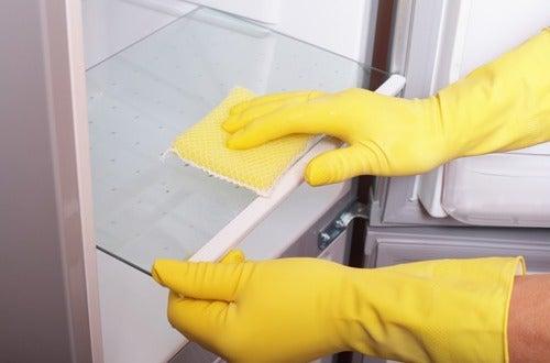 Використовуйте оцет у процесі прибирання вашої оселі