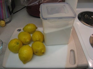 цукор та лимон для шугарингу