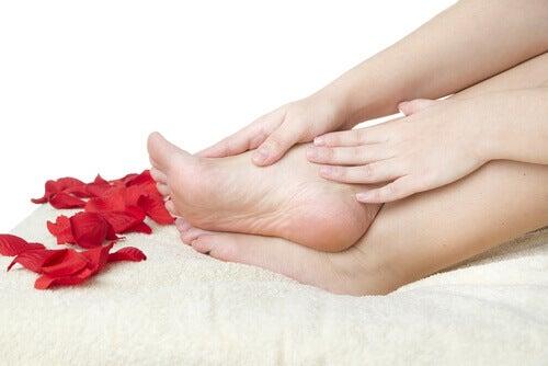 10 заповідей для здорових ніжок