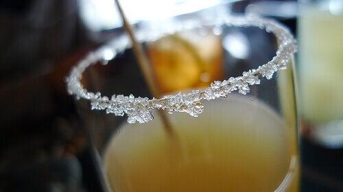 Альтернативні способи використання цукру, про які ви можете не знати