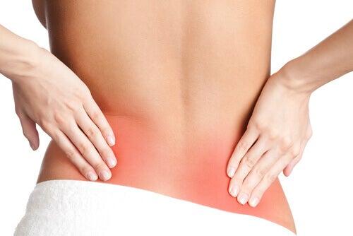 Причини больових відчуттів у спині