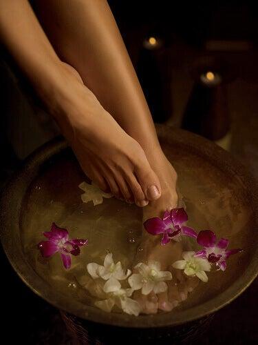 Ванна для ніг