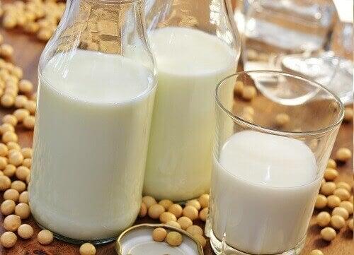 соя та соєве молоко