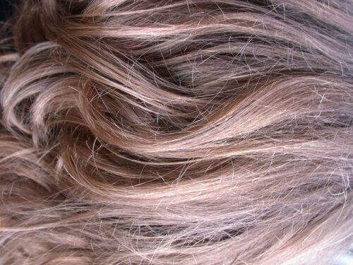 Лікувальні засоби для фарбованого і пошкодженого волосся