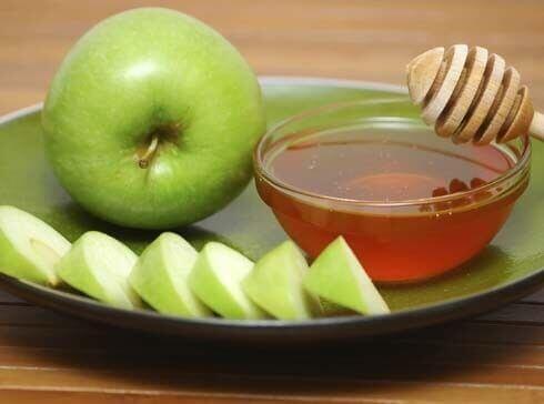 яблуко та мед