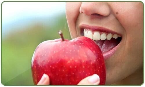 яблука щоб спалити жир на животі