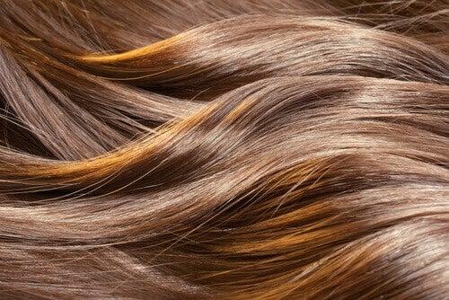 Як пришвидшити ріст волосся