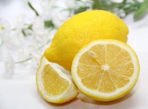 Antuseptutchnuy-lemon