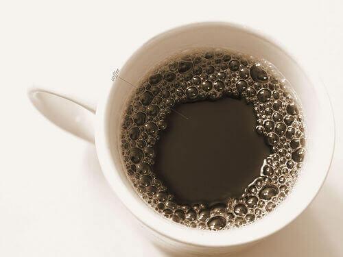 Кава негативно впливає на здоров'я кісток