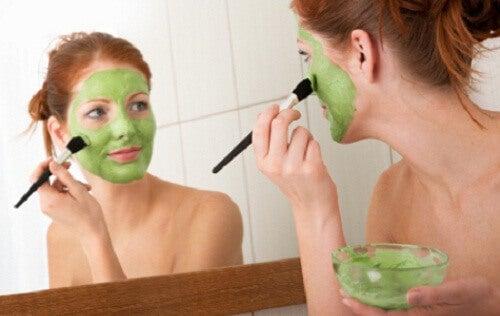 Кілька порад про те, як зробити обличчя худим