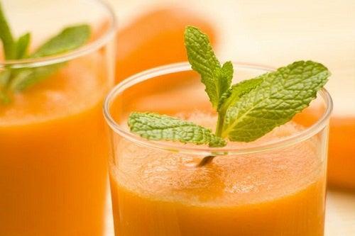 Протиракові напої: вісім рецептів
