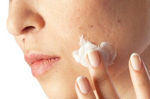 Як очистити шкіру від забруднень за один місяць