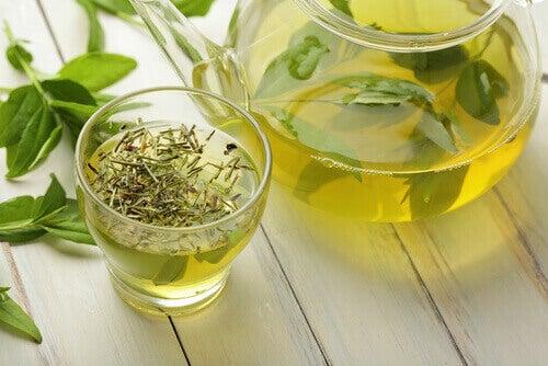 зелений чай покращує роботу печінки