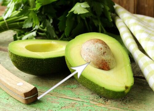 кісточки авокадо для зниження ваги
