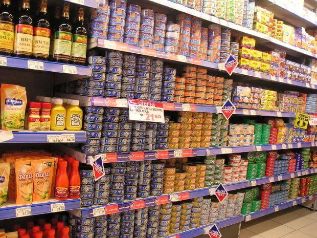 Небезпека вживання консервованих продуктів