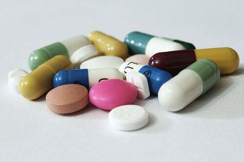 погані звички пов'язані з вітамінами
