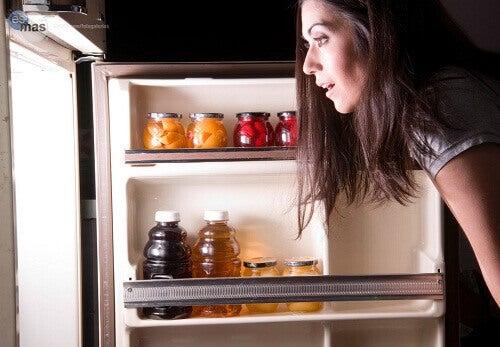Продукти, які не варто їсти на ніч
