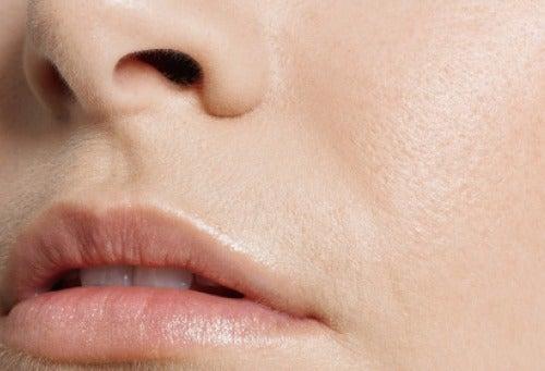 яблучний оцет запобігає старінню шкіри