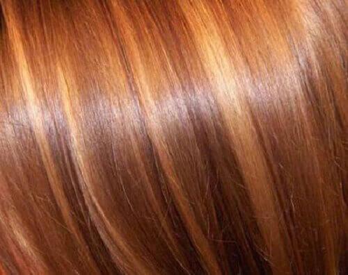 руде волосся