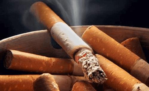 Продукти, які допомагають кинути курити