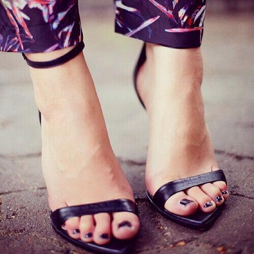 літнє взуття на підборах