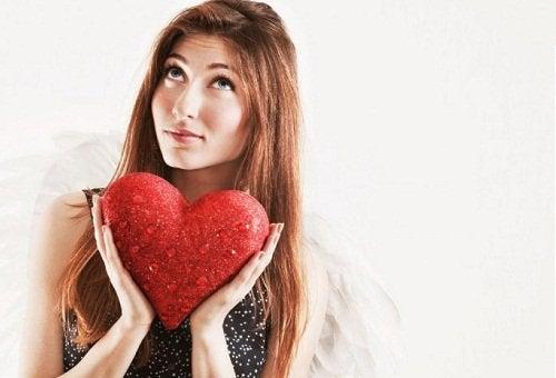 гілочкою рути можна завоювати серце коханої людини