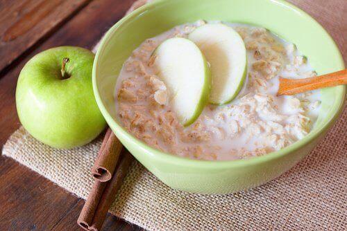 Як вівсянка та зелені яблука впливають на наше здоров'я?