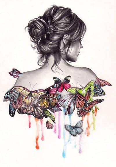 дівчина з метеликами на спині