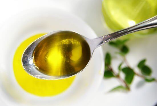 оливкова олія та лимон