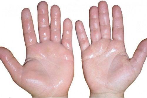 1-opukhli-ruky