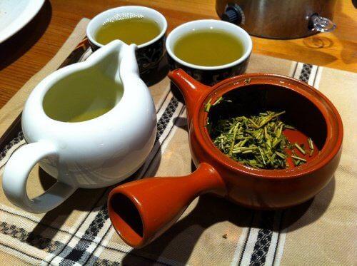 4-zelenyi-chai