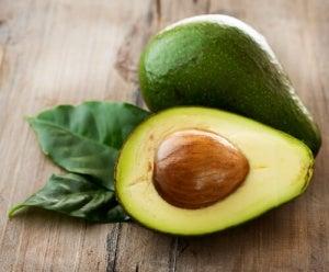 Корисні властивості та застосування кісточок авокадо