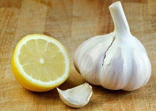 """Засіб із часником та лимоном для вашого здоров""""я"""