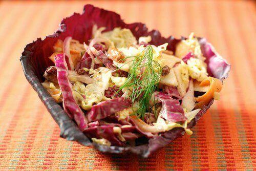 салат с капуцином