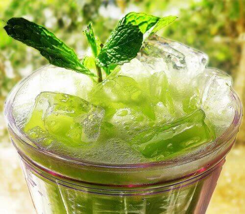 коктейль для виведення токсинів