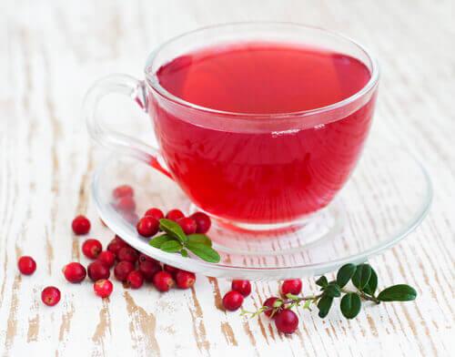 Чай з журавлини проти інфекції сечових шляхів