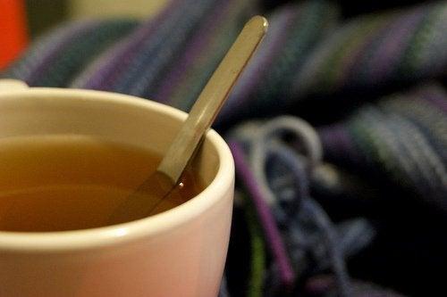 чай з полину як спосіб позбутися мурах