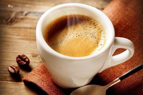 Взаємозв′язок між кавою і голодом