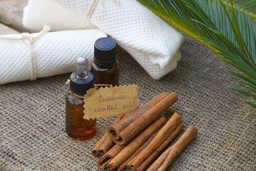 олія кориці допомагає усунути целюліт
