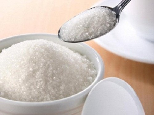 Секрет боротьби з безсонням: сіль і цукор