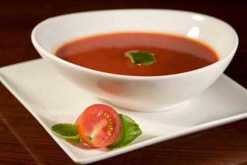 домашні страви- томатний соус