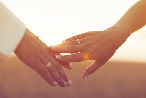 завершити стосунки