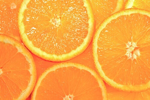 Апельсини допомагають лікувати збільшені пори