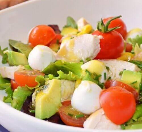 Салат від здуття живота і токсинів