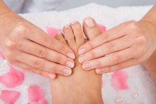 масаж стопи
