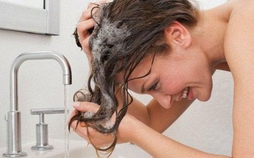 Миття голови